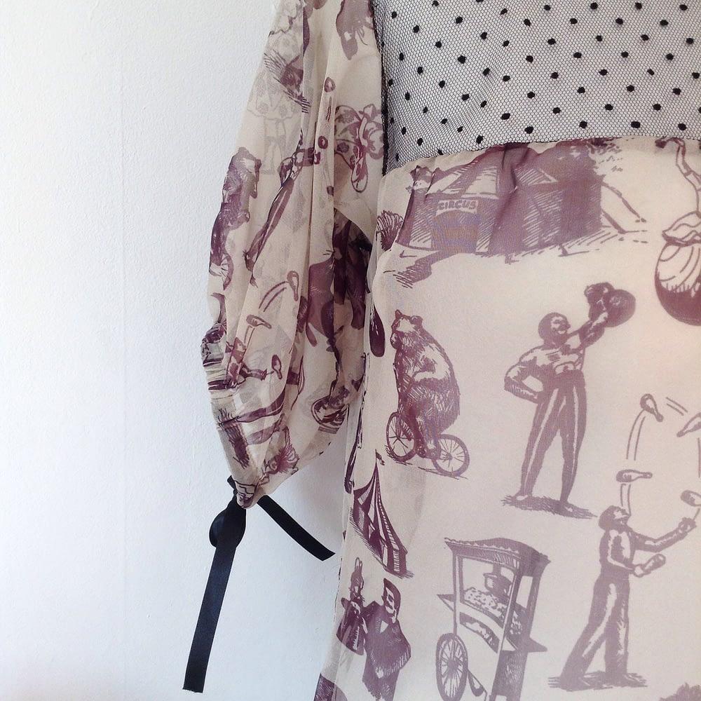 Puffy Short Sleeve Top in Silk