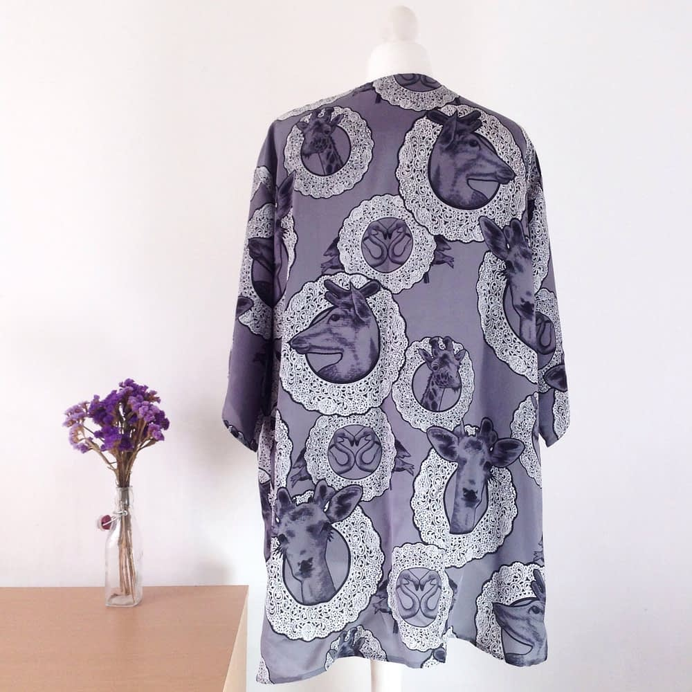 Quirky and romantic print kimono