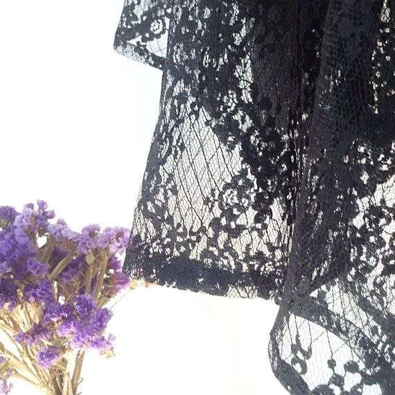 Black Floral Lace Detail