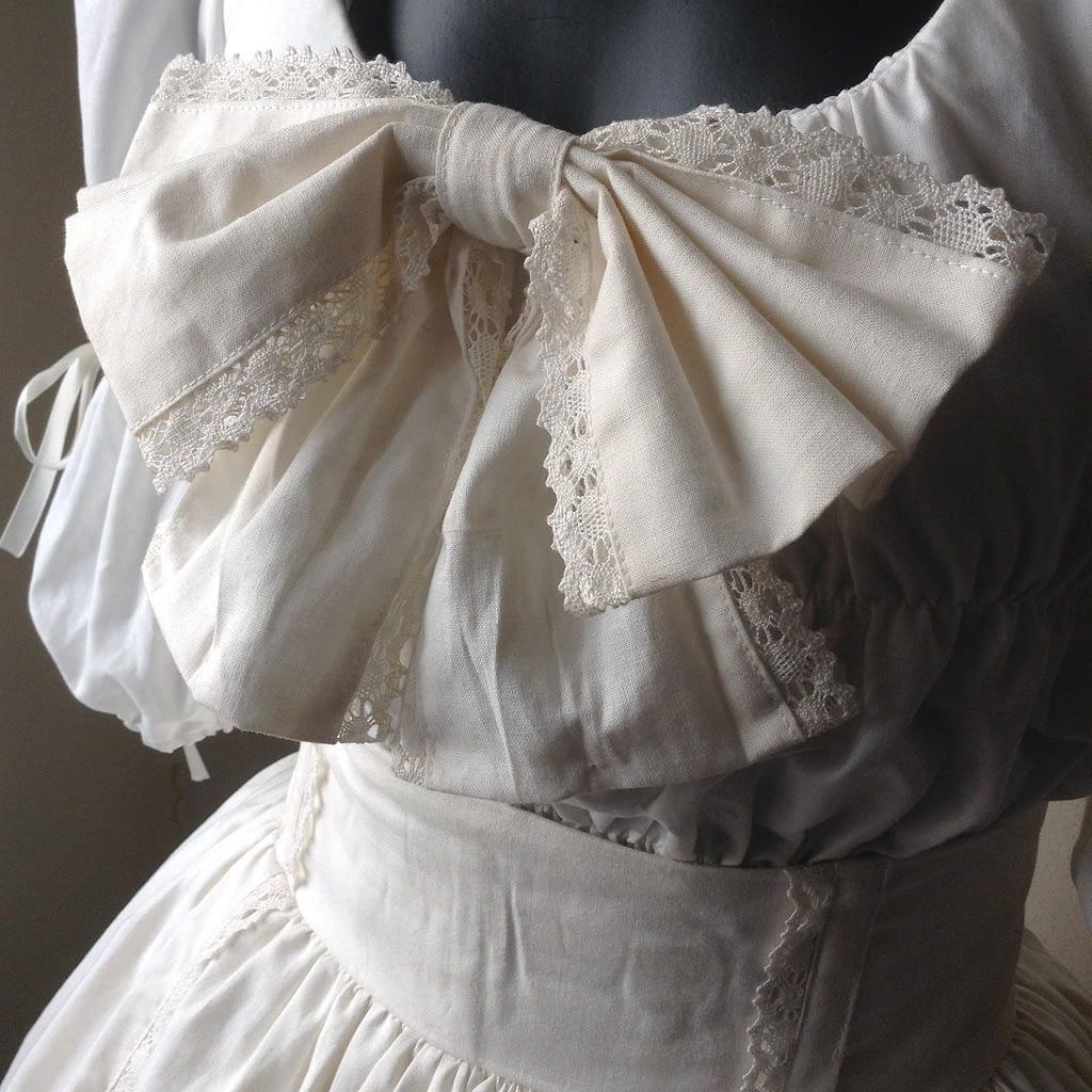 Shiro Lolita Outfit